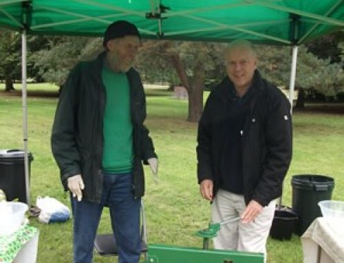 With the Epsom Apple Pressers in Horton Community Orchard – September 2010